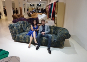 En el Showroom de Brera en Milán, la colección EDRA in Wonderland fue celebrada en ocasión de la 50ª versión del Salón Internacional del Mueble privilegiando el confort libre y los materiales naturales.