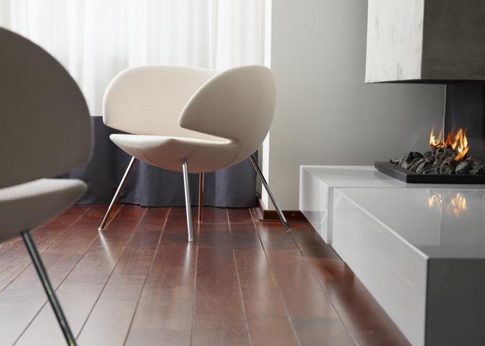 Diseñada por René Holten y presentada en el Salón del Mueble en abril del 2010, Pinq Lounge es una poltrona que te rodea y abraza con un asiento profundo, suave y exquisitamente acolchado. Foto, gentileza Artifort.