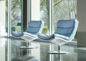 Excepcionalmente confortable, la la silla F978  comenzó a ser reproducida por Artifort a partir del 2006, siendo diseñada en 1968 por Geoffrey Harcourt. Foto, gentileza Artifort.