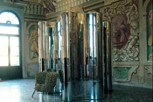 Paesaggi Italiani, diseño de Massimo Morozzi, sistema modular componible de muebles contenedores y separadores de ambientes que conjuga la simplicidad de la geometría con la máxima flexibilidad. Foto Edra.