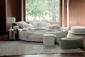 Para los espacios más osados la cama Glamour, diseño de Ennio Arosio e Ivano Redaelli, es un proyecto y un estilo siempre de tendencia. Foto gentileza de Ivano Redaelli.