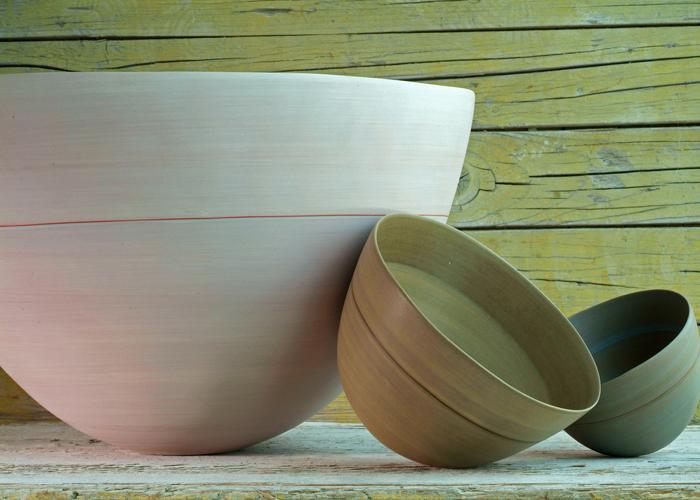 Pocillos de la colección Ciotole, disponible en 6 tamaños y 33 colores. Foto gentileza de Rina Menardi.