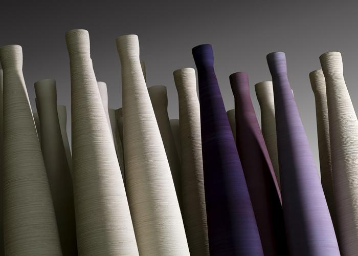 Colección Pistilli, disponible en 2 tamaños y 37 colores en versión lisa o texturada. Foto gentileza de Rina Menardi