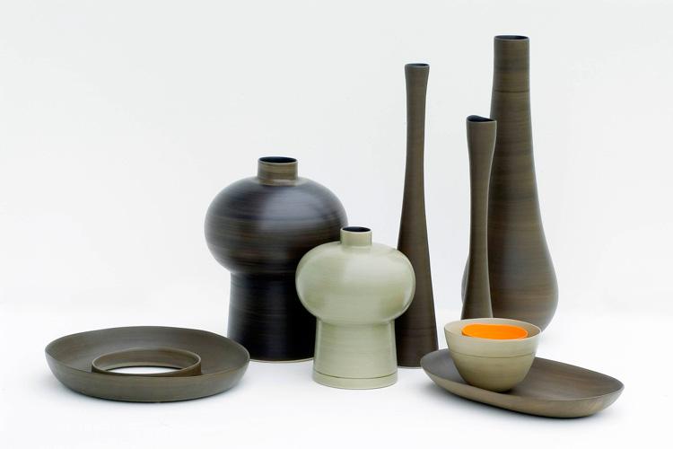 Royal Vases, Flauti, Gocce en color bronce y caña. Foto gentileza de Rina Menardi.