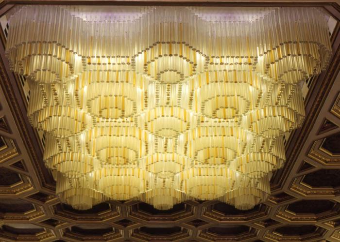 La División Contract de Venini realiza proyectos sobre requerimientos específicos para hoteles, bancos, naves de crucero, lugares de culto, instituciones públicas y privadas de todo el mundo. Foto gentileza de Venini.